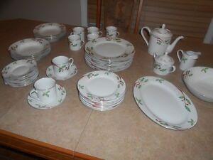 Vaisselle de noel  8 personnes