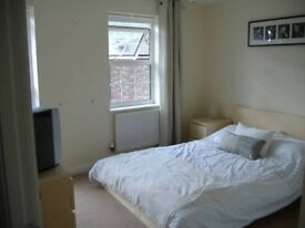 Fully Furnished Double Room to let in Tuffley, no sign up fees