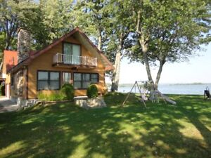 RARE FIND!!! Beautiful Waterfront Cottage for Rent!!!