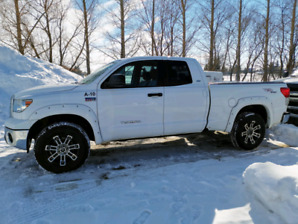 2012 Toyota Tundra 11000kms TRD Leather pkg