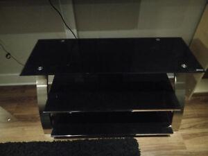 Glass TV stand Kitchener / Waterloo Kitchener Area image 1