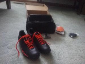 New size 42 Giro Empire VR90. Mavic Fury mtn/cross shoes.