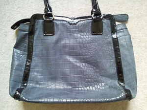 Authentic Guess Large Satchel / Bag London Ontario image 3