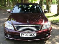 Mercedes-Benz C200 2.1TD Elegance**STUNNING CAR WITH GREAT SPEC**