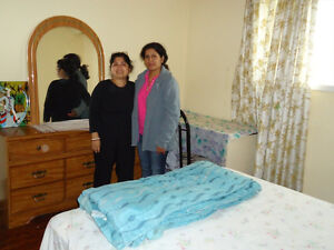 1bdrm furnish for female$400/month at 205 Hullmar Dr.North York