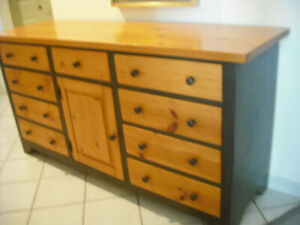 Knotty pine chest of drawers