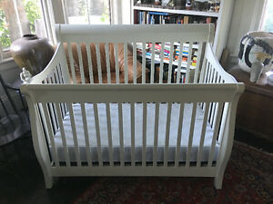 beautiful sleigh-style crib with mattress $250 obo