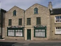 Luxury one bed fully furnished apartment set in the quaint town of Bacup.