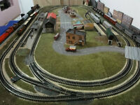 N SCALE -  MINITRIX TRACK MODEL TRAIN LAYOUT