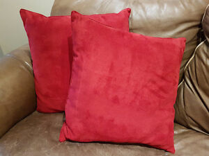 "Plush Red Pillows 22"", set of 2"