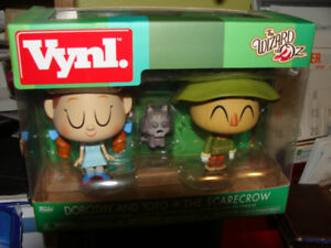 "Funko  ""Wizard of Oz"" , Dorothy, Toto and Scarecrow"
