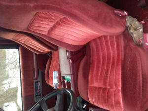 Wanted 98 gmc drivers side seat