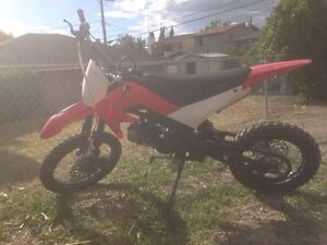 2011 GIO 140cc & 2000 Honda CBR for package trade