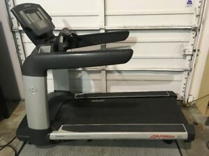 Life Fitness 95T Commercial Treadmill for sale!