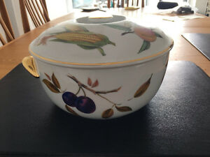 Royal Worcester Serving pieces