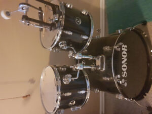 Sonor bass drum and two  rack toms