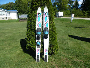 JAMMIN' WATER SKIS $100