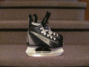Hockey skates junior 12 - adult 6, as new $17 and up