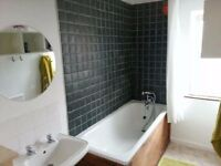 DOUBLE ROOM, NO COUPLES. AVAILABLE FROM THE 19TH OF OCTOBER