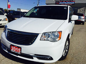 2015 Chrysler Town |Touring|Screen|Leather|Back-Up Camera
