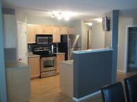 Beautiful 2 bed 2 bath Condo for July 1st.