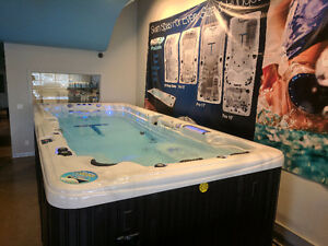 swim spa buy or sell a hot tub or pool in toronto gta kijiji classifieds. Black Bedroom Furniture Sets. Home Design Ideas