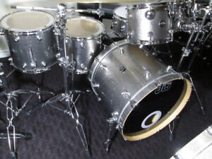 DW Performance Series, 6pc. Maple drum kit. Made in USA.