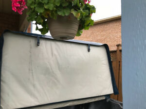 Beachcomber 2 year old hot tub with caddy lift. Fits model 550X.