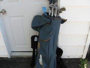 golf clubs, ladies right hand clubs  Wilson tour model 2000