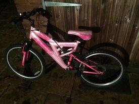 "Girls Full Suspension Bike, 24"" Wheel, Serviced, Free Lock/Lights/Delivery."