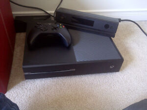 Xbox One 500GB with Kinect and Controller