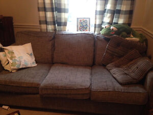 Comfy couch Kitchener / Waterloo Kitchener Area image 1