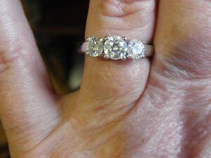 14kt White Gold Three Stone Diamond Ring 1.25 ct Stratford Kitchener Area image 3