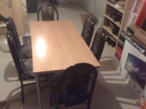 Canadian Oak Wood Dinning Table with 6 Chairs