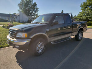 Ford truck 2003 1/2t