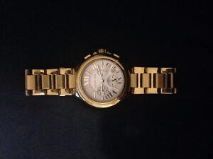 Michael Kors Womens Oversize Bradshaw Gold-Tone Watch