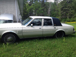 ****  1987 Chrysler  Fifth Avenue *****