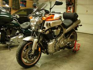2008  YAMAHA MT-O1 1670  ( FOR SALE BY OWNER)