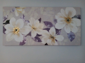 White/gold flowers purple leaves on lilac background canvas picture