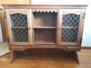 Nadeau Maple Hutch