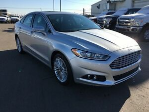 2016 Ford Fusion SE   - Navigation -  Leather -  Moonroof - Low