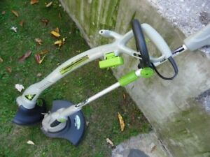 ELECTRIC Set Of 2 GRASS TRIMMERS Like New