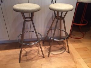 Mid Century Modern Vintage stools made by Cosco 1960's West Island Greater Montréal image 1