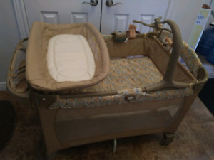 GRACO PLAYPENS with BASSINET