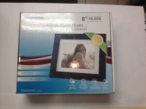 "Pandigital 8"" Picture Frame"