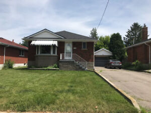 ** Entire 3+1 Bdms House in Beautiful and Quiet West Mountain**