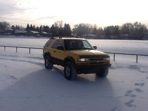 2004 Chevrolet Blazer Zr-2 LIFTED! LOW kms factory locker