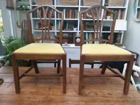 Set of 6 solid wood dining chairs with linen seats
