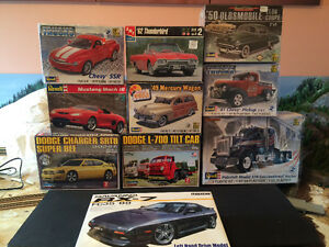 Various plastic models , mint in package and unassembled !
