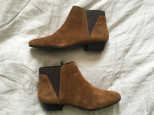 Brand New Never Worn Women's Brown Suede Aldo Chelsea Boots Sz 8